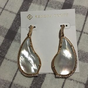 Kendra Scott MOP Rose Gold Drop Earrings